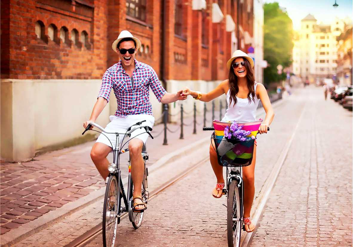 The reasons why cycling makes us happy